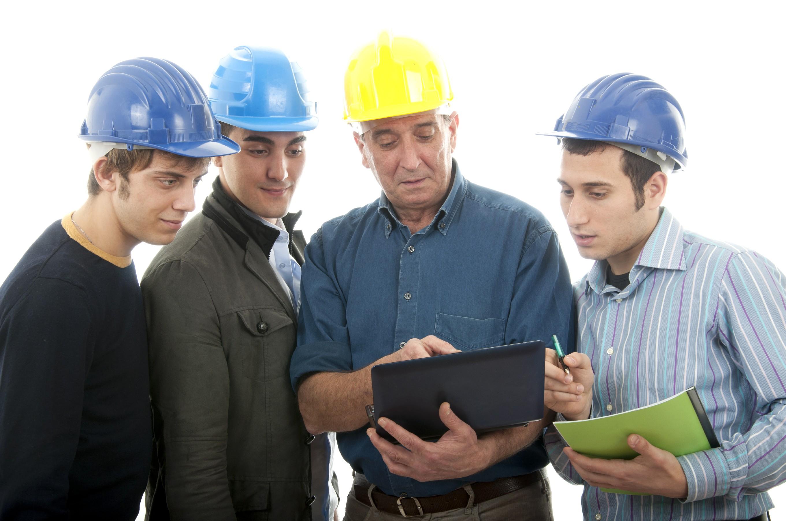 140326100342-4-Engineer_group.jpg