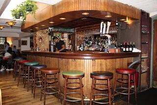 Tabard-Inn-bar (002)-1.jpg