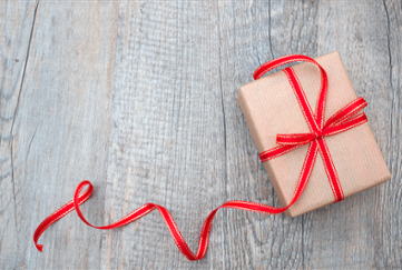 holiday-gift-with-bow-1