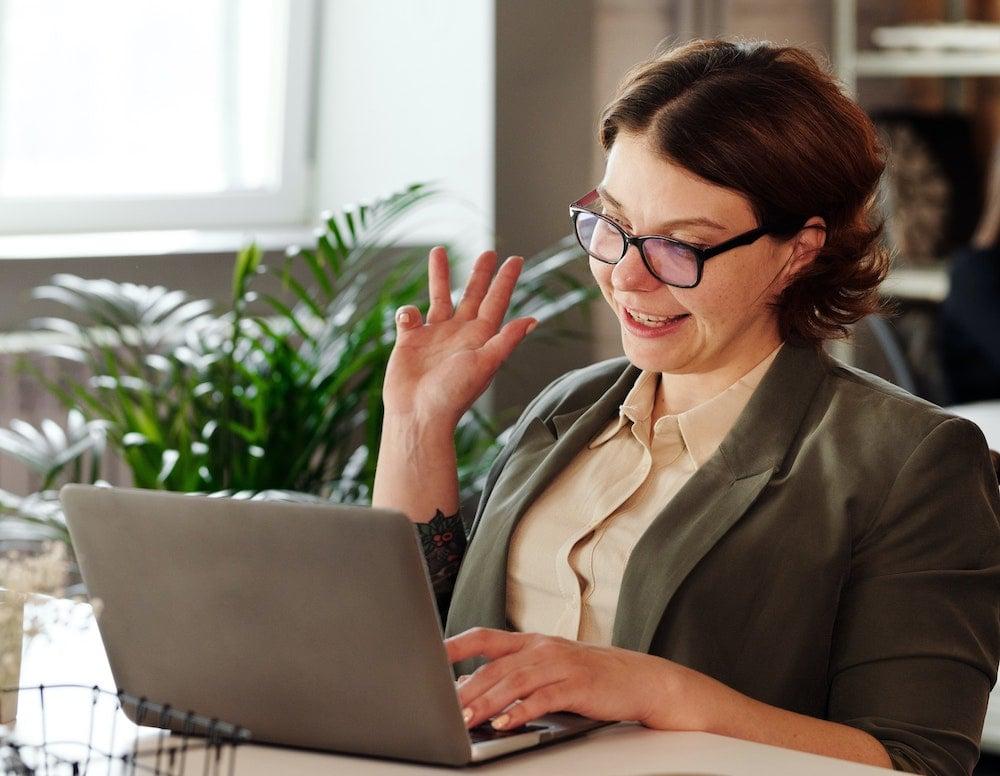 woman-using-macbook-4064176